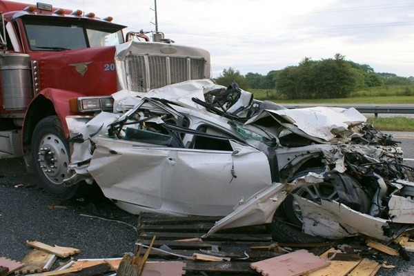 Texas Delivery Truck Accident Results in Multiple Deaths